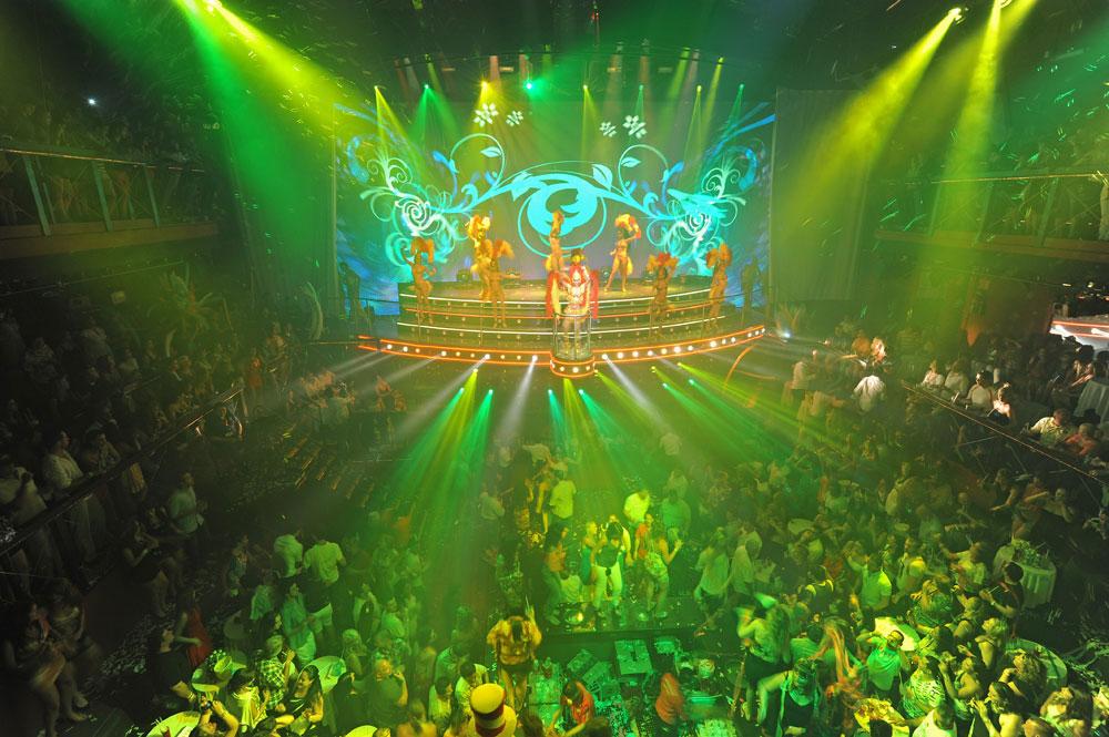 Espectáculo de Carnaval en el Coco Bongo Show & Disco