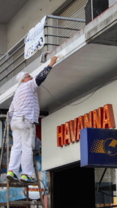 Businesses like Havanna that reside among the seven blocks of the New Corrientes Ave. got ready for the opening ceremony.