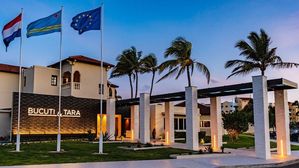 Entrada al hotel (Foto: Bucuti & Tara Beach Resort)