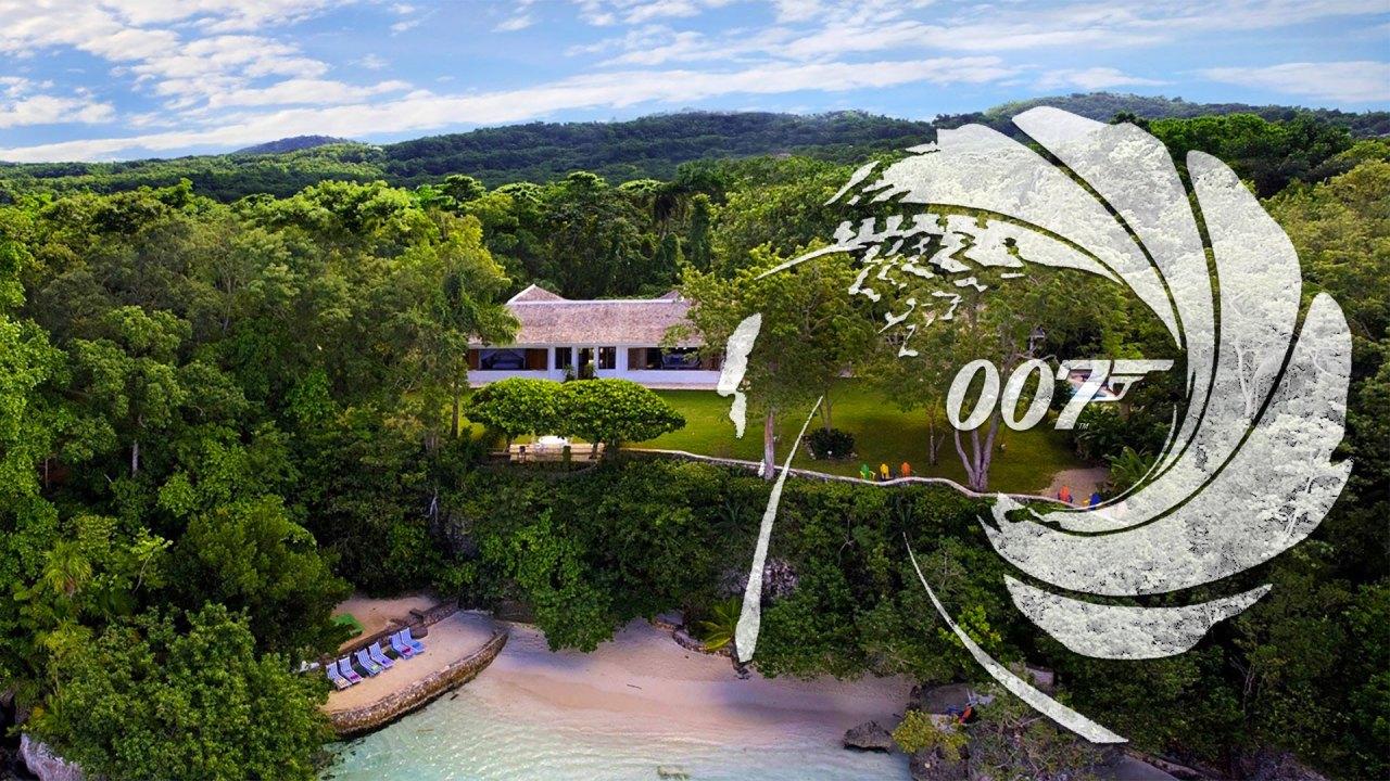 Fleming Villa, Goldeneye, Oracabessa Bay, Jamaica con logo 007 (Foto: Island Outpost/EON Productions/Sony Pictures)