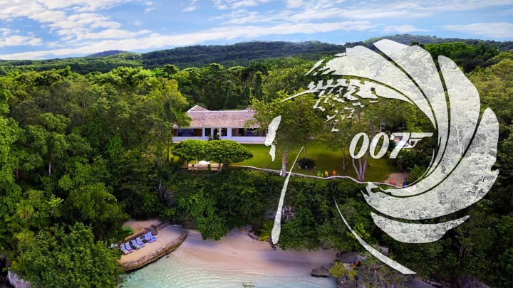 Fleming Villa, Goldeneye, Oracabessa Bay, Jamaica con logo 007 (Foto: Island Outpost/EON Productions/Sony Pictures)