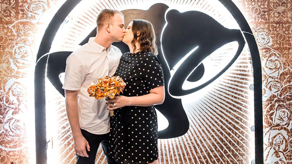 El Taco Bell de Las Vegas incluye ceremonias de boda en su menú (Foto: Taco Bell)