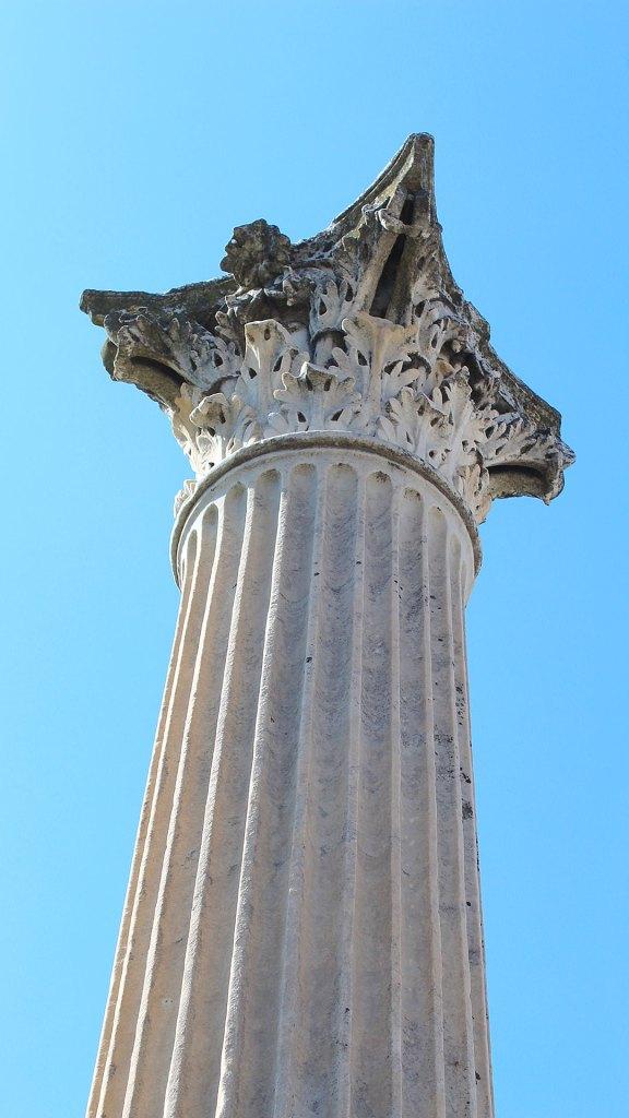 Columna en Pompeya | Column in Pompeii