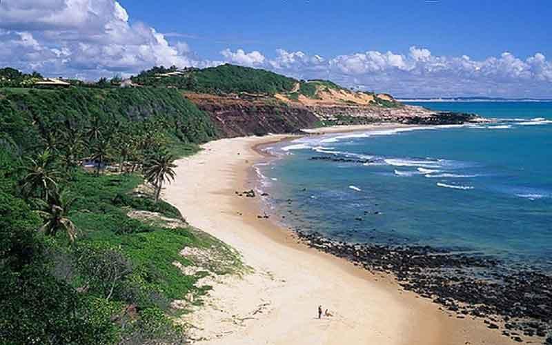 Conheça as 7 Melhores Praias do Brasil