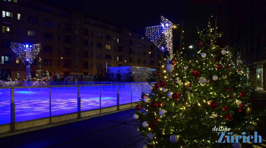 fd07e2b1de Todo esto es sólo una parte de todo lo que se puede hacer en Navidad en  Zürich. El espíritu navideño que envuelve a la ciudad es mucho más que una  serie de ...