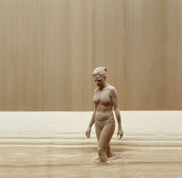 life-like-realistic-wooden-sculptures-peter-demetz-4