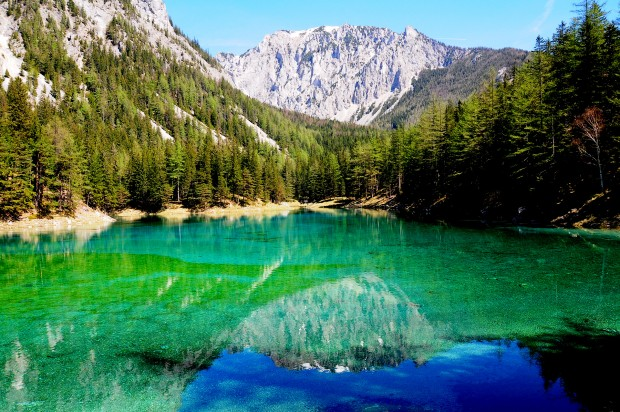 nature-landscapes_other_the-green-lake-austria_12529