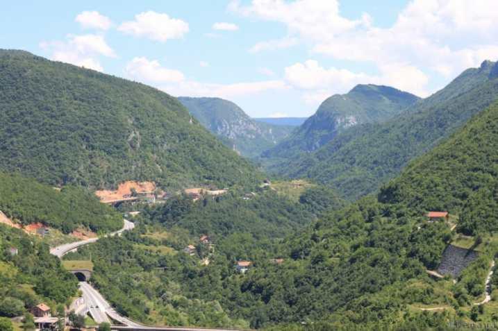 Photo prise sur la colline surplombant Sarajevo en Bosnie Herzégovine