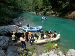 Photo de la rivière Tara au Montenegro - autre groupe de rafters