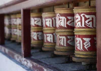 Monastères bouddhistes au Zanskar en Himalaya - Rouleaux à prière de Lamyuru