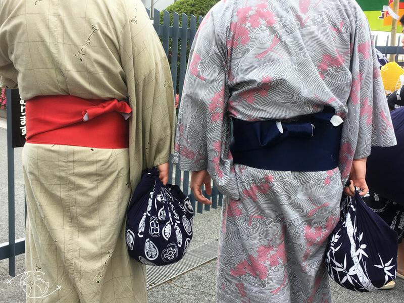 Sumo à Tokyo dans la rue de Sumida