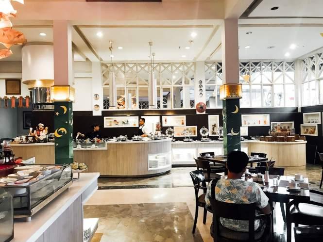 Bagian Dalam restaurant Sheraton Hotel Bandar Lampung