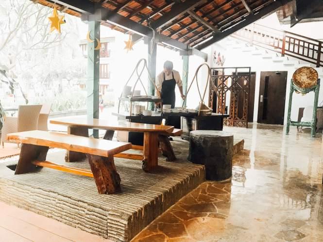 Bagian luar restaurant Sheraton Hotel Bandar Lampung