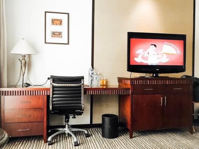 Meja Kerja di Sheraton Hotel Bandar Lampung