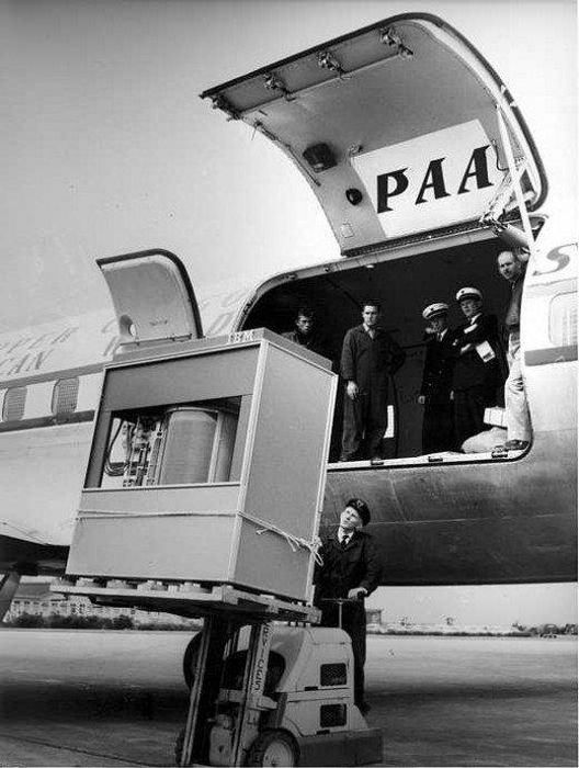 the first 5 MByte hard disk to a PanAm plane, 1956