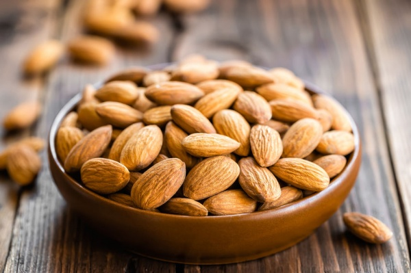 Almonds - Healthy High Protein Foods