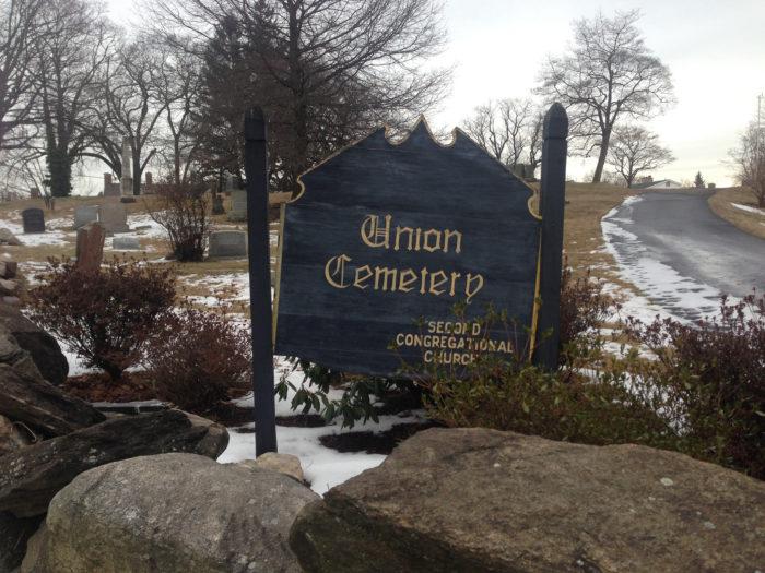 Lugares Embrujados – Cementerio Connecticut
