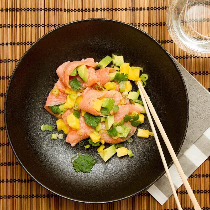 Lakseceviche med mango og avokado