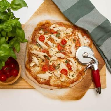 Pizza med limemarinert kylling