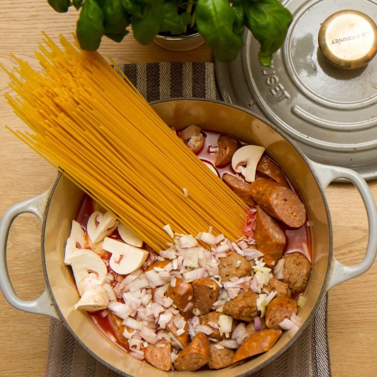 Så enkelt lager man one pot pasta