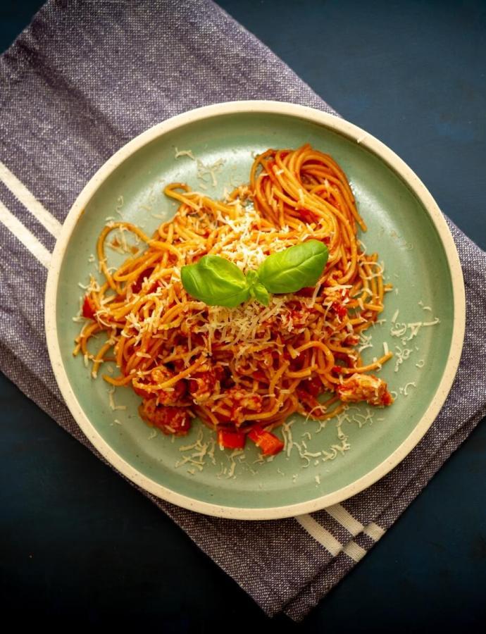 Enkel og billig alt-i-ett pastagryte