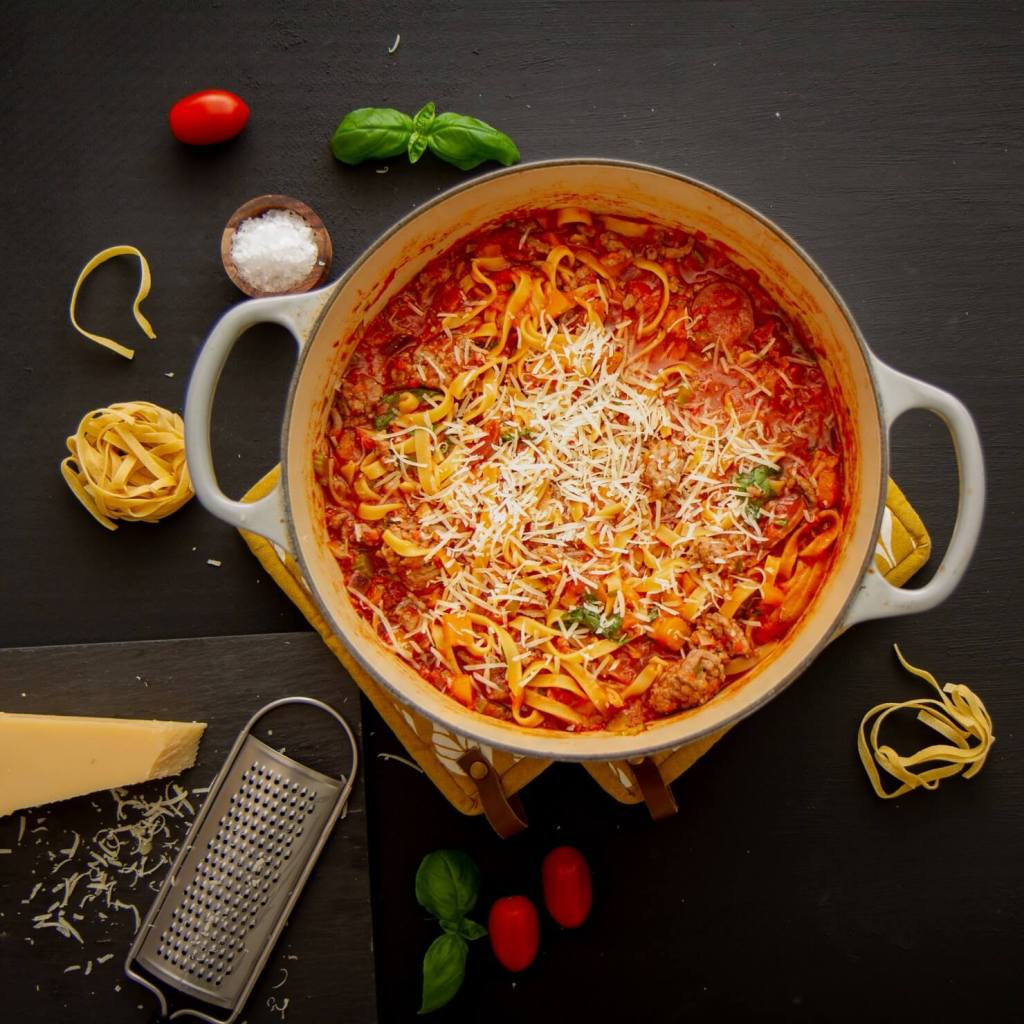 One pot pasta med kjøttsaus og chorizo