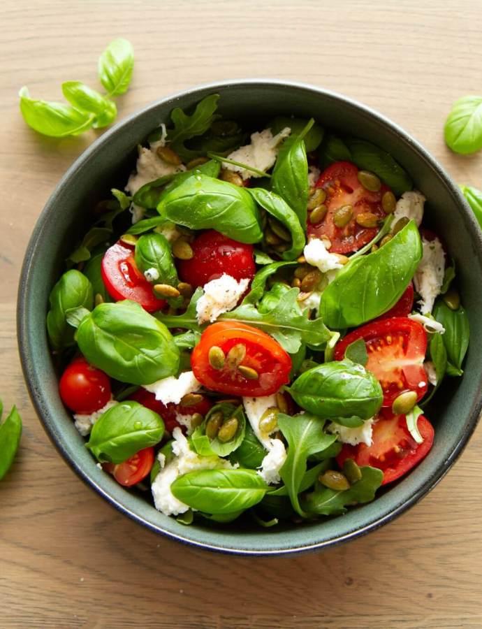 Tomat- og mozzarellasalat (caprese)