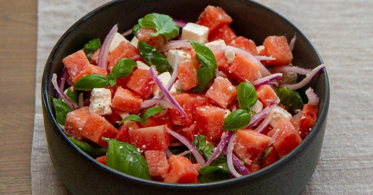 Salat med vannmelon og fetaost