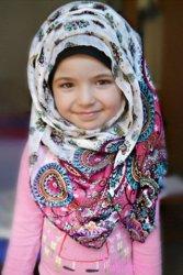 Kumpulan Nama Bayi Perempuan Islami 3 suku kata Yg Keren