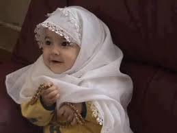 Rangkaian Indah Nama Bayi Perempuan Islami Pilihan 3 suku kata