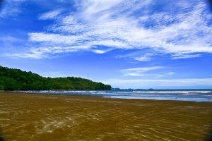 Kumpulan Wisata Pantai Indonesia Terbaik Untuk Liburan3