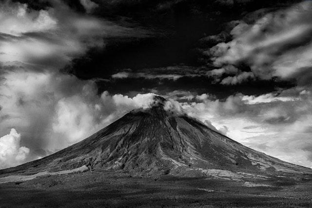 Arti Mimpi Gunung Meletus