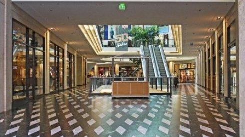 Arti Mimpi Mall