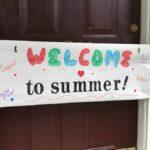 Organice una fiesta de 'Bienvenida al verano' para sus hijos después de un año escolar infernal
