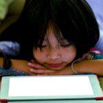 Cómo desintoxicar a los niños de sus pantallas