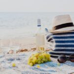 Qué empacar para un día en la playa sin niños