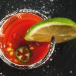 Agregue ese último trozo de pasta de tomate a estos cócteles a base de tomate