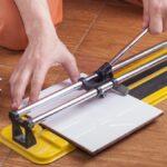 Cómo cortar baldosas sin una sierra húmeda
