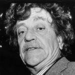 Por qué es bueno ser malo en las cosas que disfrutas, según Kurt Vonnegut