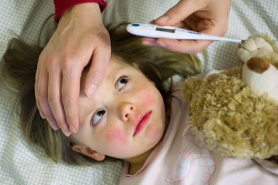 Как быстро вылечить конъюнктивит у детей в домашних условиях: аптечные капли и народные средства. Как быстро вылечить конъюнктивит у ребенка