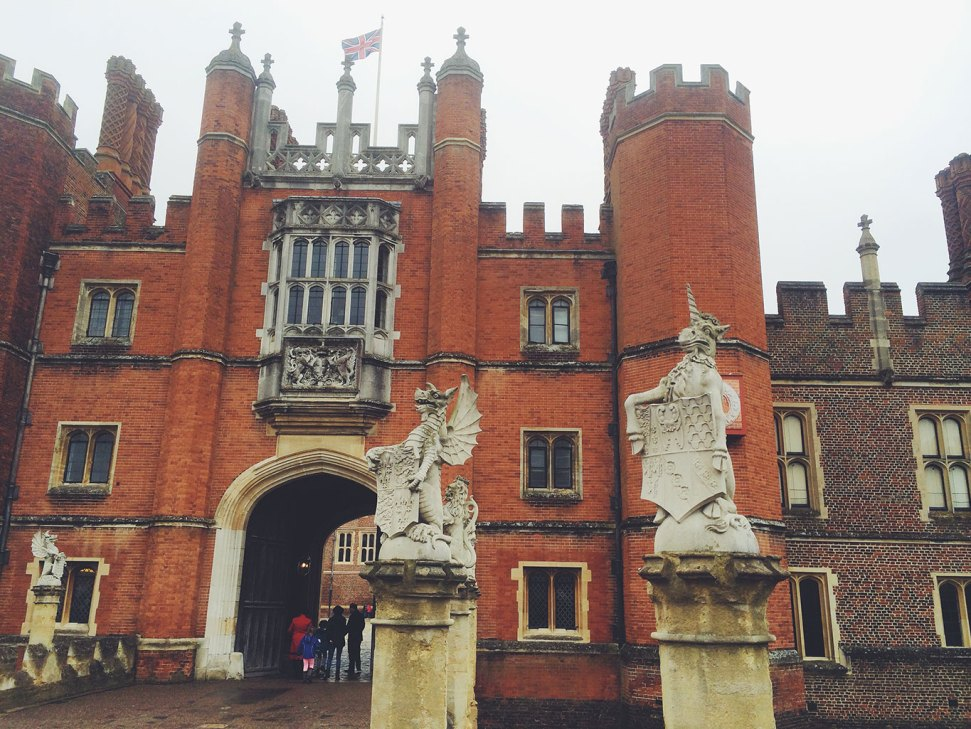 Hampton-court-gargoyles