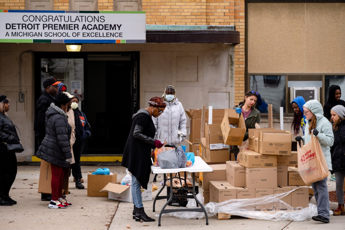 Food distribution in Detroit to meet increased need during the pandemic