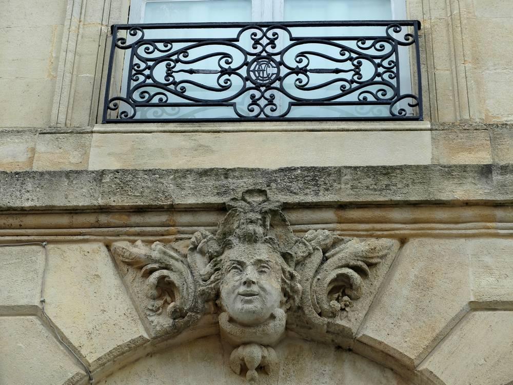 bordeaux-mascaron-jardin-public_blog detours du monde