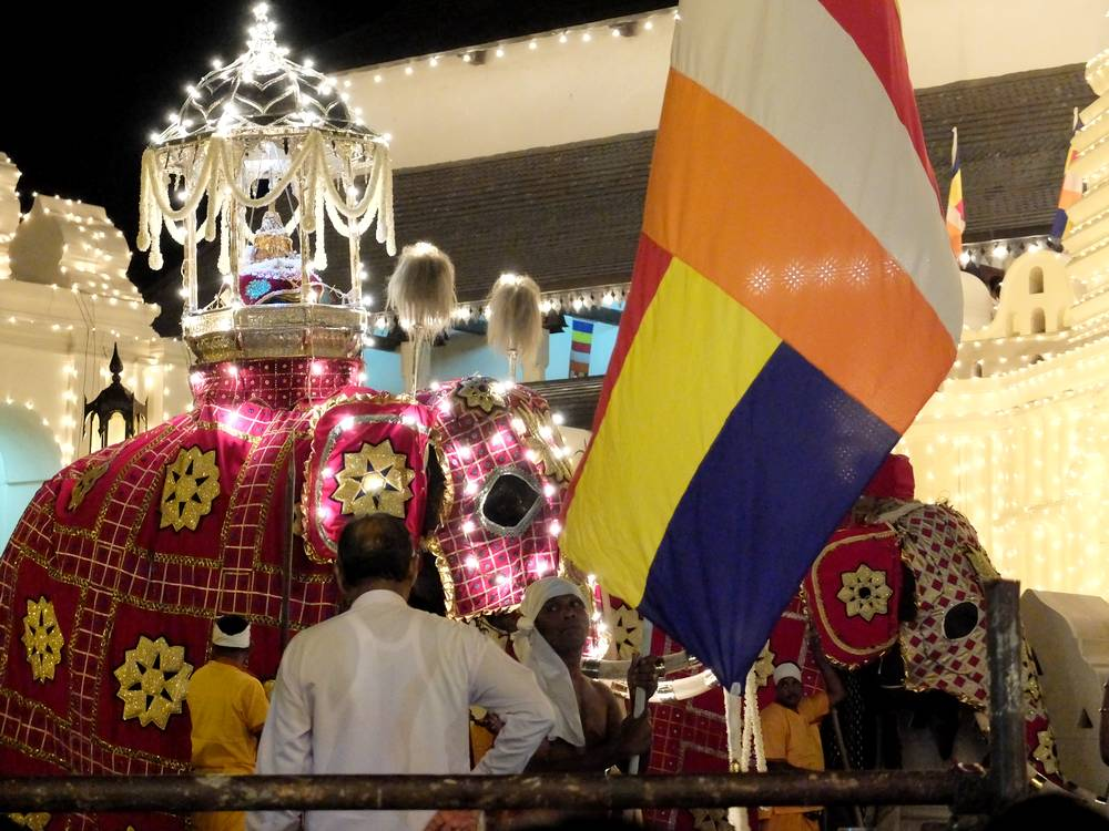 kandy festival sri lanka
