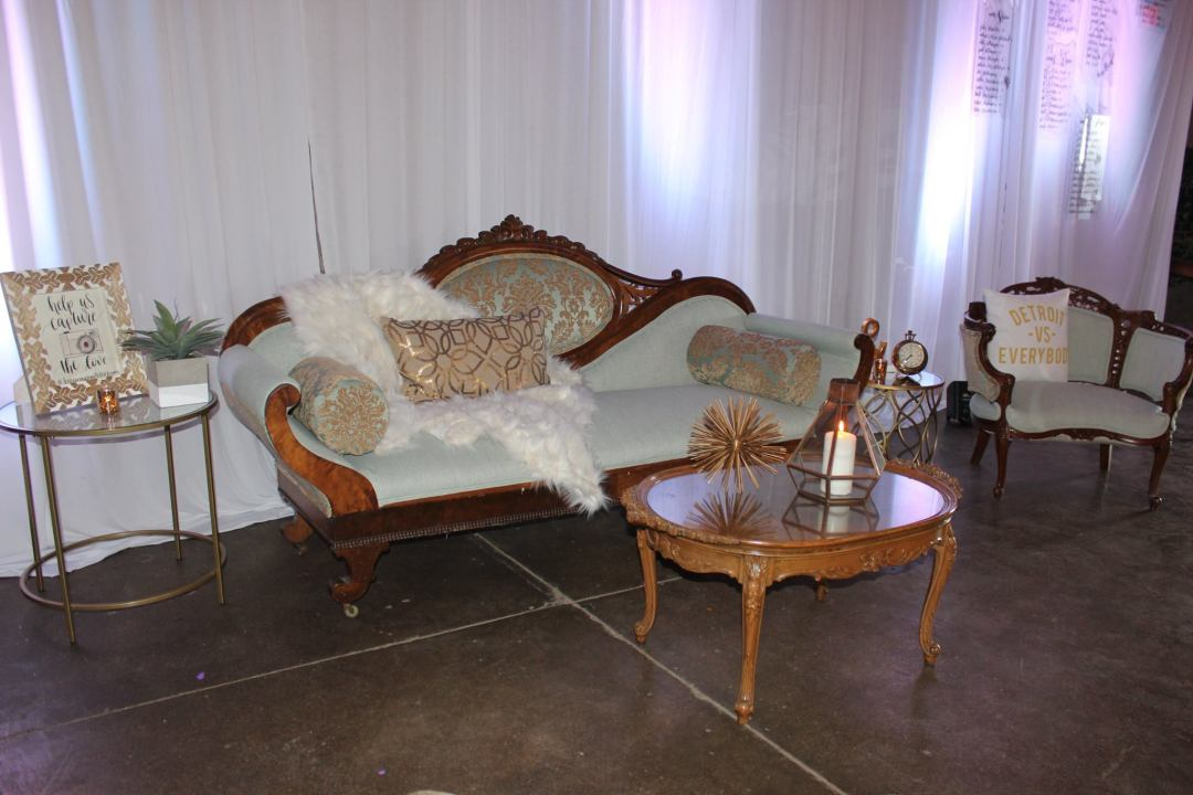 Victorian Furniture Sofa Couch Chair Detroit Chiavari 6