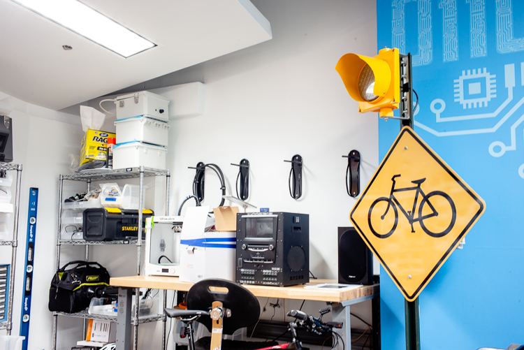Tome has worked on projects like the bicycle-to-vehicle safety (B2V) project to help vehicles recognize and register vulnerable roads users.