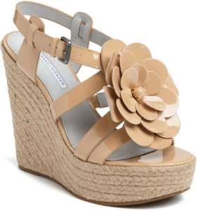 Vera Wang Lavender Penny Wedges