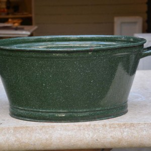 Green Enameled Tub with handles 2
