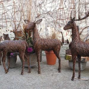 grapevine-deer-sculptures-2