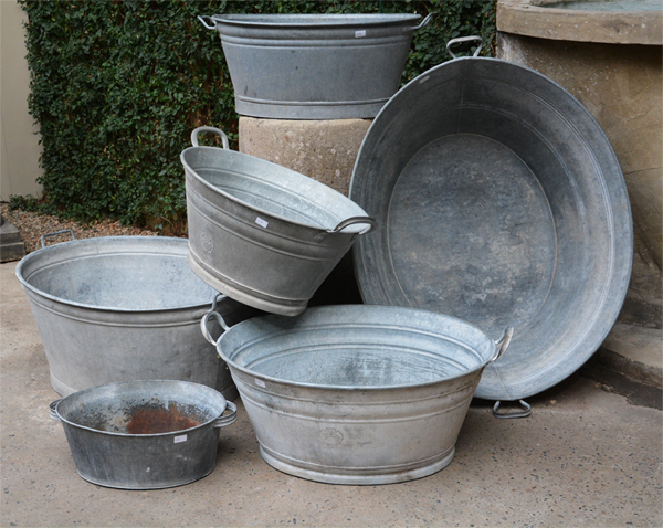 Vintage galvanized oval wash tubs detroit garden works for Oval garden tub